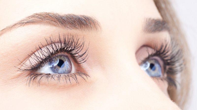 Как сделать белки глаз белее?
