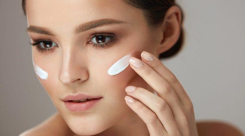 ТОП-7 способов сэкономить на косметике и салонах, но не выглядеть хуже