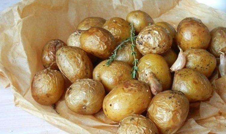 Запеченная картошечка в пергаменте
