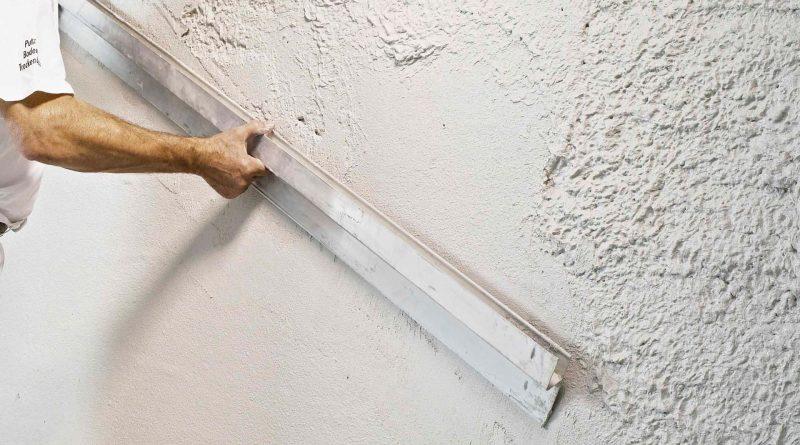 Шпатлевка стен под обои своими руками