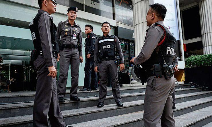 Сотрудника полиции Таиланда обвинили в вымогательстве денег у российских путешественников