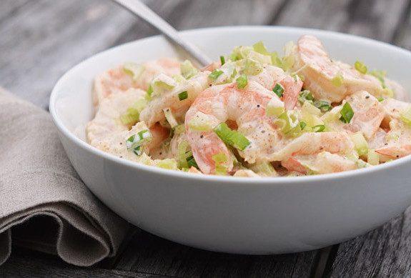 Салат с креветками и сельдереем