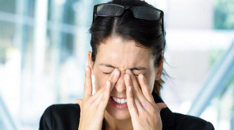 Как снять усталость с глаз
