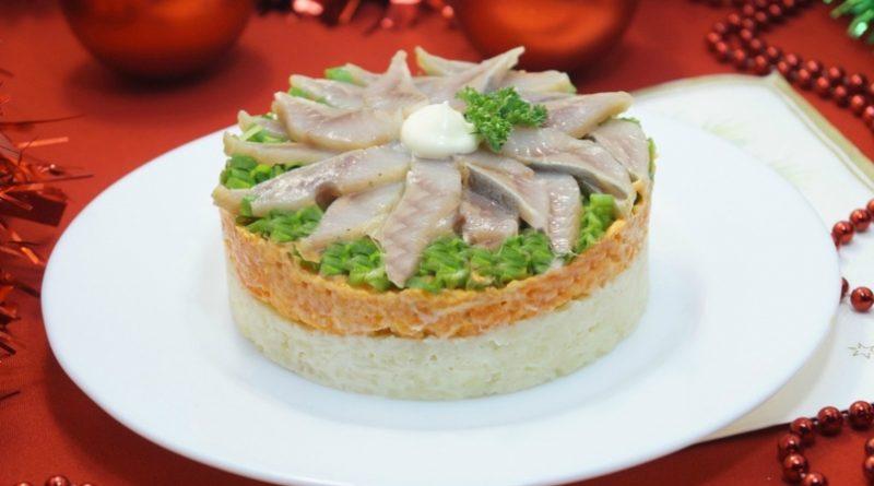 Слоенный салат «Застолье»