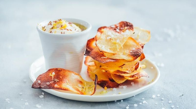 Хрустящие домашние картофельные чипсы