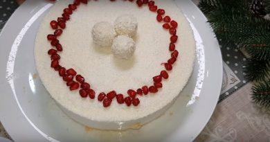 Как приготовить торт без выпечки с кокосовой начинкой