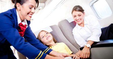 Какие опасности ждут непристегнутых пассажиров при взлете и приземлении?