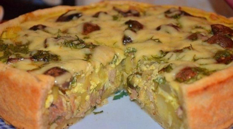 Сытный пирог с картофелем и курицей