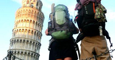 Назван самый популярный месяц для путешествий в одиночку