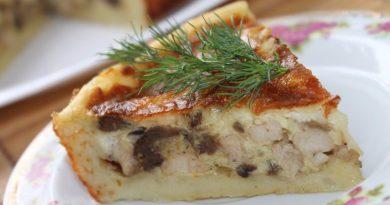 Картофельный пирог с курицей и грибами