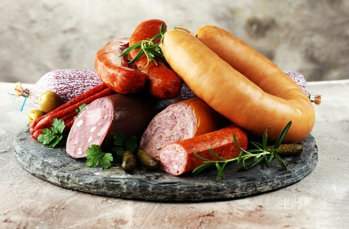 Колбасные изделия: как их хранить правильно