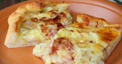 Пирог капустный с сыром