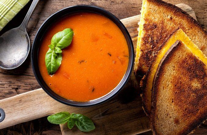Вкусный суп-пюре из картофеля и помидоров