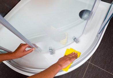 Как отмыть пятна на стекле душевой кабины