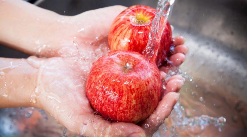 Как правильно мыть овощи, фрукты и ягоды
