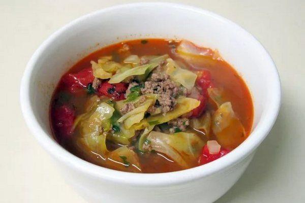 Сытный суп с овощами и мясным фаршем