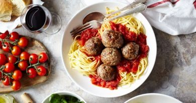 Спагетти с мясными шариками: готовить просто, а результат вас приятно удивит