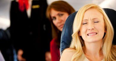 5 приемов, которые помогут побороть приступ воздушной болезни в самолете