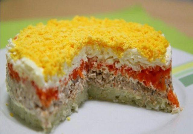 """Салат """"Мимоза"""" с горбушей"""