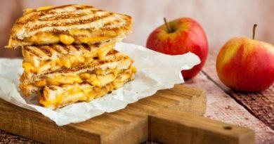 Яблочные сэндвичи на завтрак