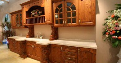 Плюсы и минусы деревянной кухонной мебели