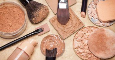 Как выбрать пудру для матирования лица