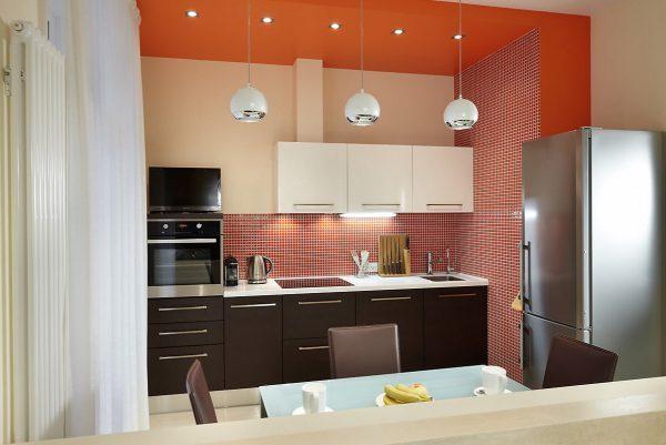 Маленькая кухня: какой цвет лучше подобрать для небольшого помещения?