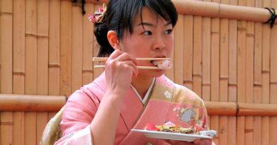 Что нельзя делать в Японии чтоб не быть невежде