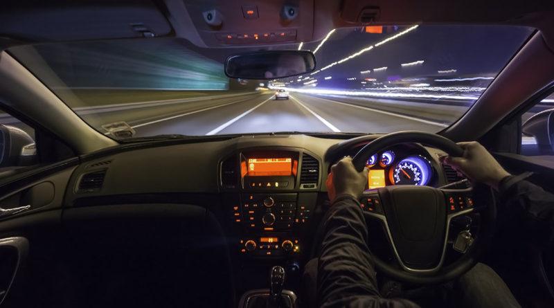 Как улучшить видимость за рулем, если ночная поездка неизбежна