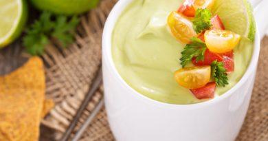 Суп-пюре из авокадо