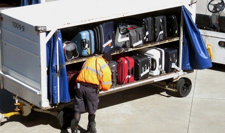 Откровения грузчика в порту: как сохранить чемодан в целости и сохранности