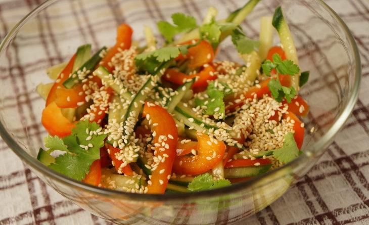 Тайский огуречный салат