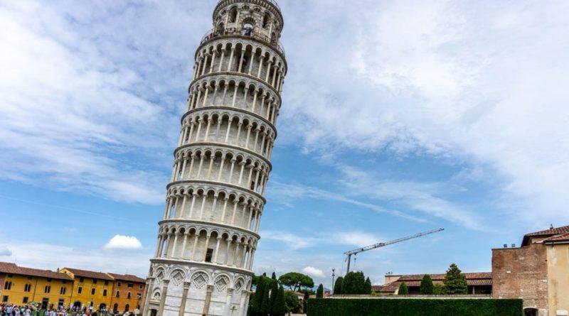 Почему падает Пизанская башня и когда уже упадет