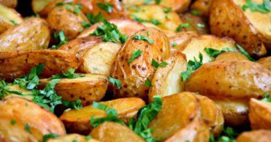 Ароматный запеченный картофель
